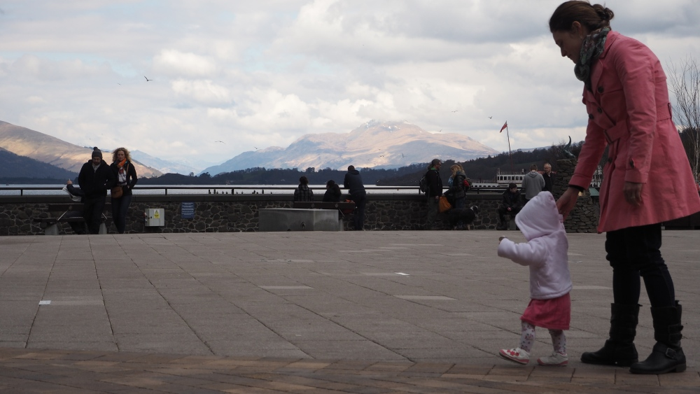 Walking with the Popple at Loch Lomond Shores